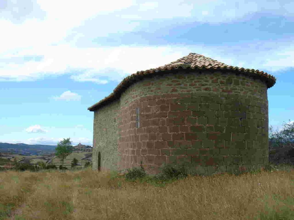 Ermita de Santa María de Alguilaré